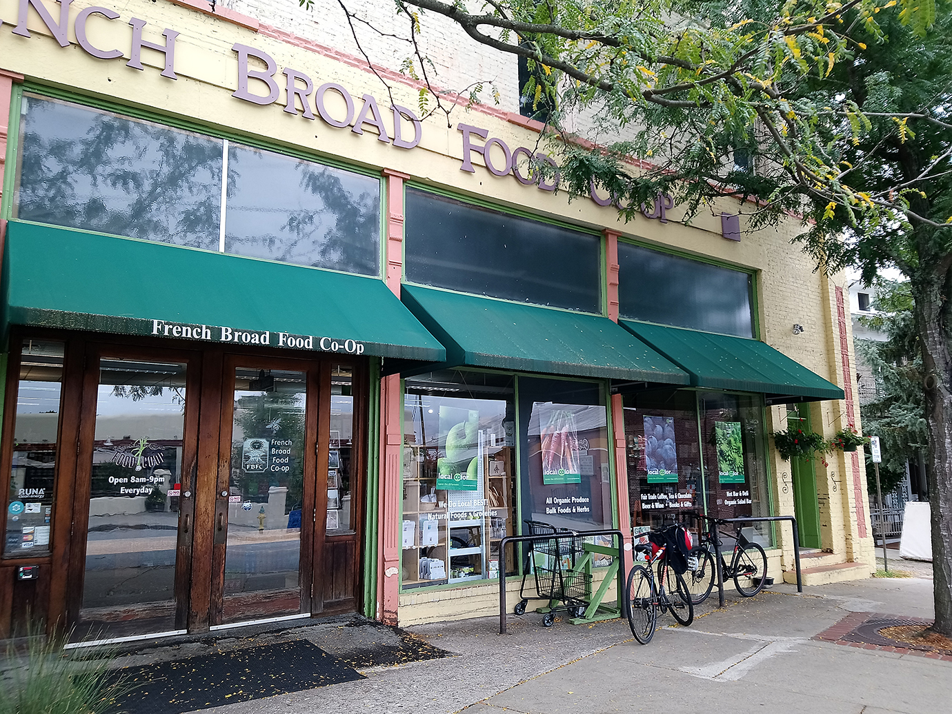 French Broad Food Co-op Review from stuhelmfoodfan
